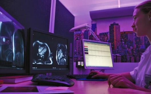 丹麦一医院安装彩色照明,医生诊断更准确
